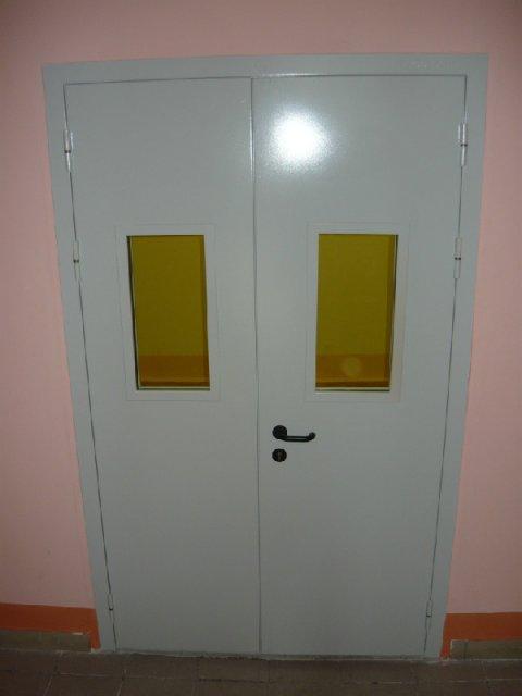 установка технических металлических дверей